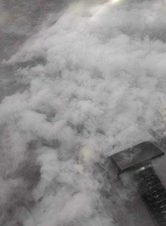 Taniec w chmurach/ciężki dym, wytwornica baniek mydlanych