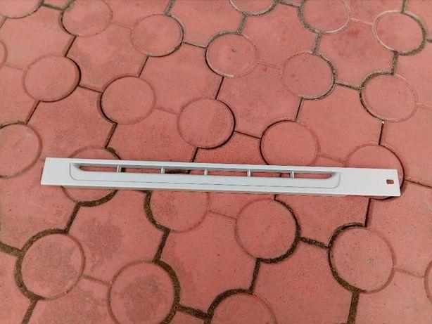 Пластик решетка холодильника норд Nord