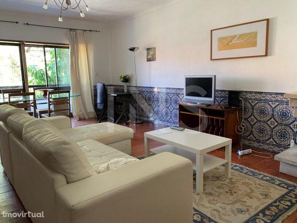 Apartamento T1 para arrendamento com móveis, no Monte Est...