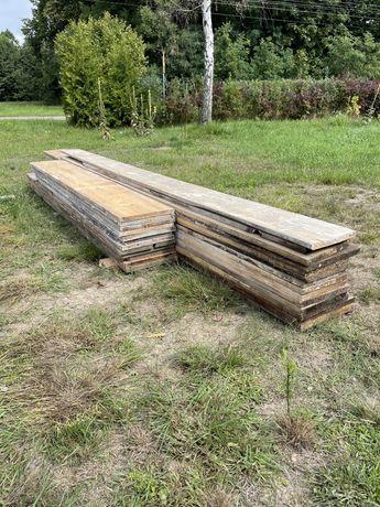 Deski szalunkowe calówki do jednej budowie, deski na słupy, blaty