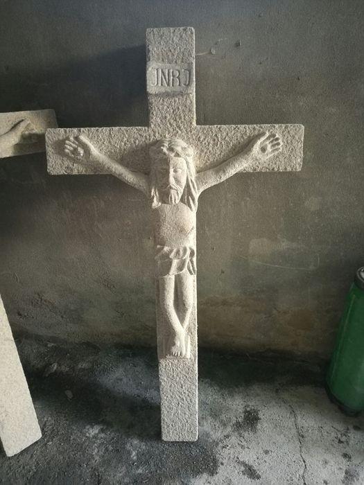 Cruz de pedra Souto Rebordões - imagem 1