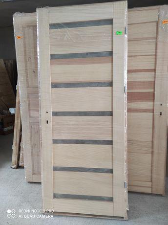 Drzwi drew. bezsęczne z ościeżnicą