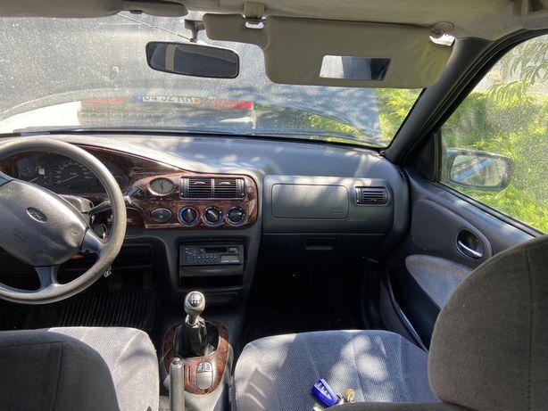 Ford Escort 1.4Efi