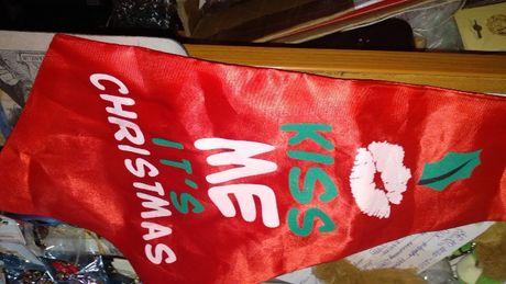 подарок шуточный новый год типа галстук поцелуи в рождество красный