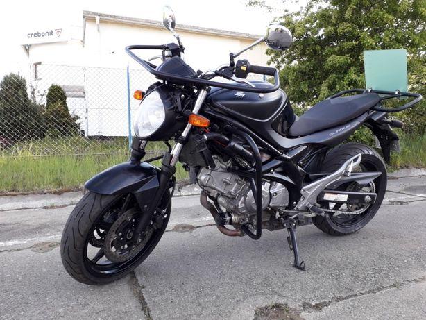 Motocykl suzuki gladius