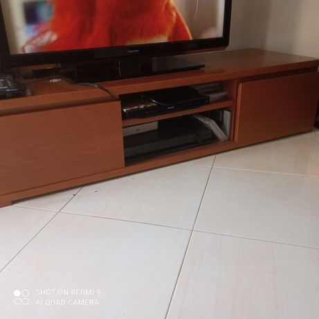 Mesa TV cerejeira muito bonita