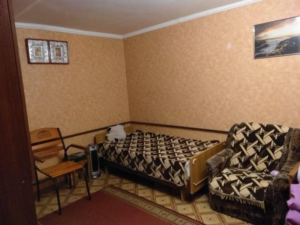Здам МІСЦЕ в кімнаті для ДІВЧИНИ,в 3-х к.з 16 жовтня.Без власника