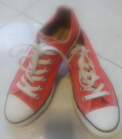 Tênis Converse All Star vermelhos. Originais