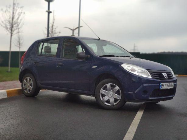 Dacia sandero продам