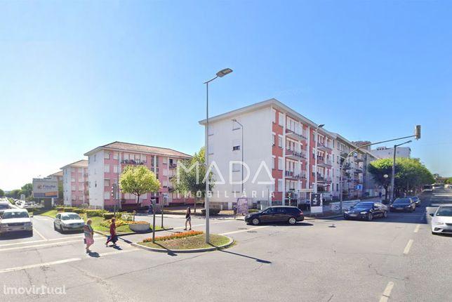Apartamento T3 c/garagem p/2 carros no centro em Braga