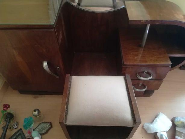 Mobília de quarto casal Art Deco muito completa