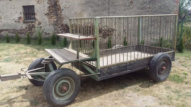 Duża klatka konna wóz konny
