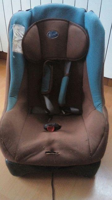 Fotelik do samochodu dla dziecka .