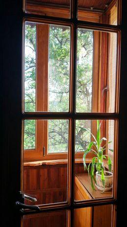 Продам деревянную дверь, очень качественная сосна