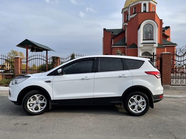 Продам Ford Kuga Official 2015
