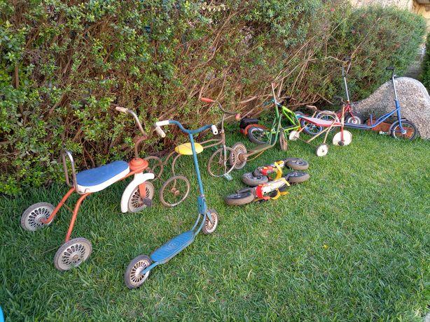 Lote de triciclos e trotinetes  antigos