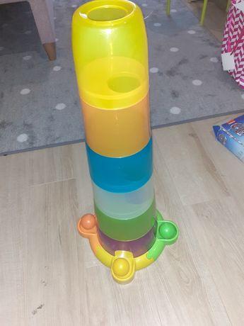 Wieża z piłeczkami