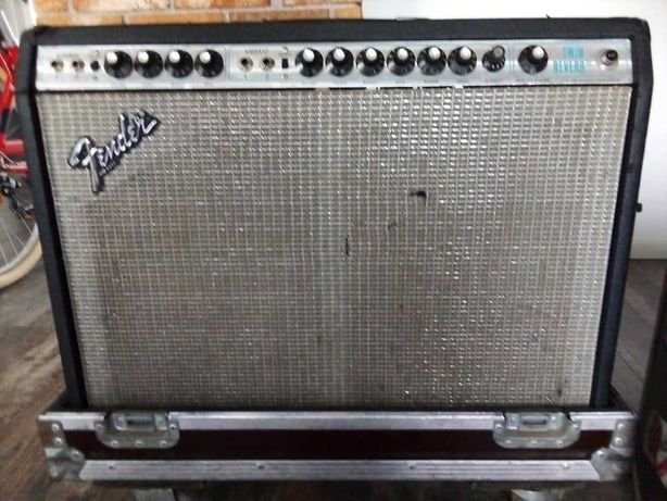 Fender Twin Reverb Silverface 1979 + case