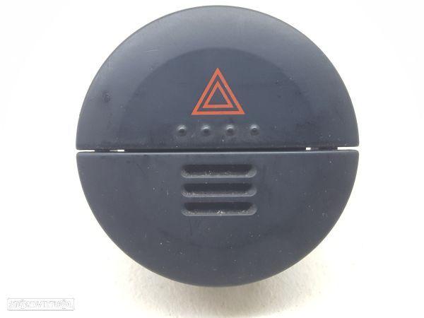 Interruptor 4 Piscas  Nissan X-Trail (T30)