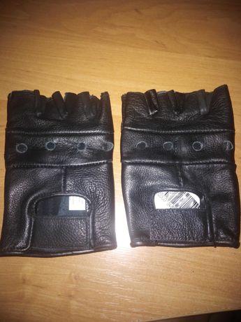 Мужские беспалые перчатки