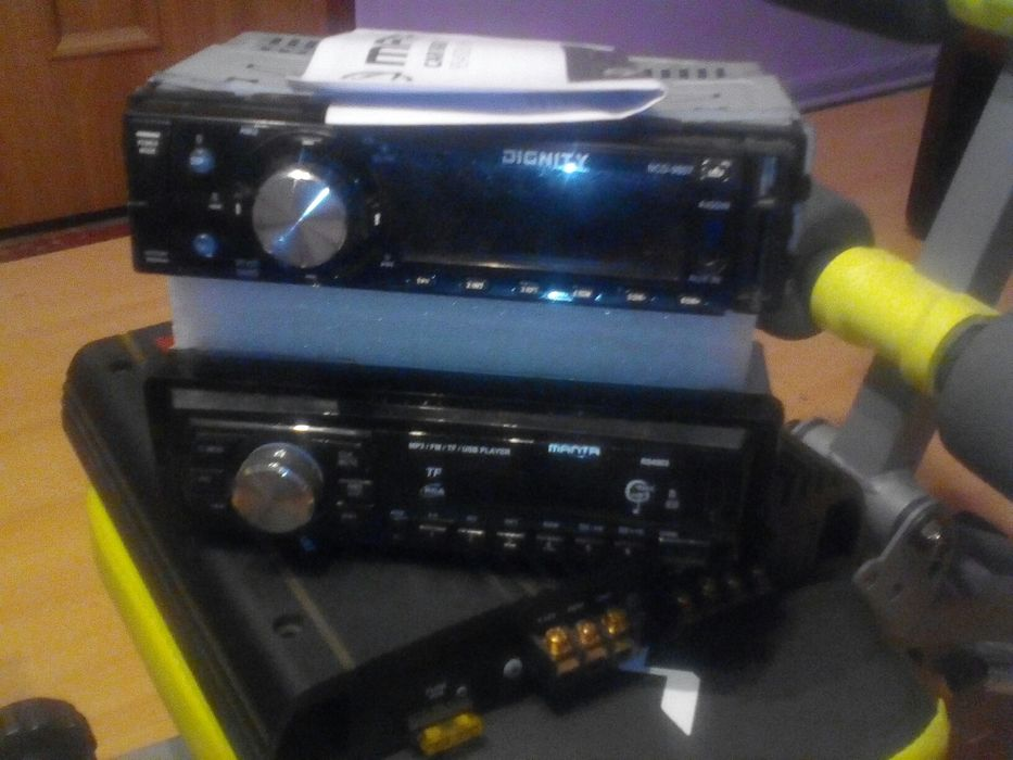 Wzmacniacz +2 radia samochodowe Łobez - image 1