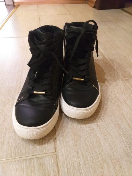 Демисизонные ботинки для девочки.