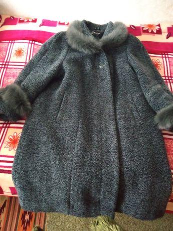 Елегантне жіноче пальто 58р
