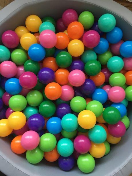 Кульки, мячики для басейну дитячі різнокольорові