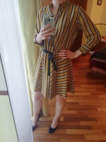 Sukienka musztardowa Lisa Mayo, rozm. S
