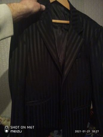 пиджак мужской.фирменный