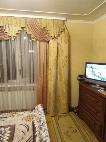 Продається 2-х кім. квартира у Микулинцях(вул. Грушевського 82).