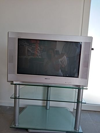 Televisão Sony + Móvel TV em vidro