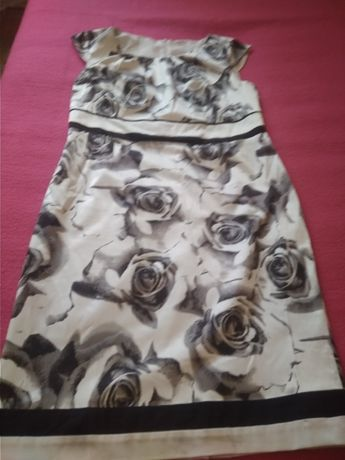 suknia damska rozpinana z tyłu rozmiar L