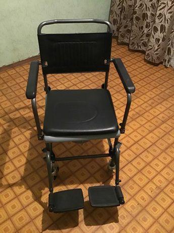 Инвалидное кресло, новое, с туалетом, производство Германия.