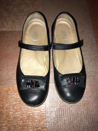 Туфли кожаные школьные на девочку, балетки, туфельки 35-36 р.