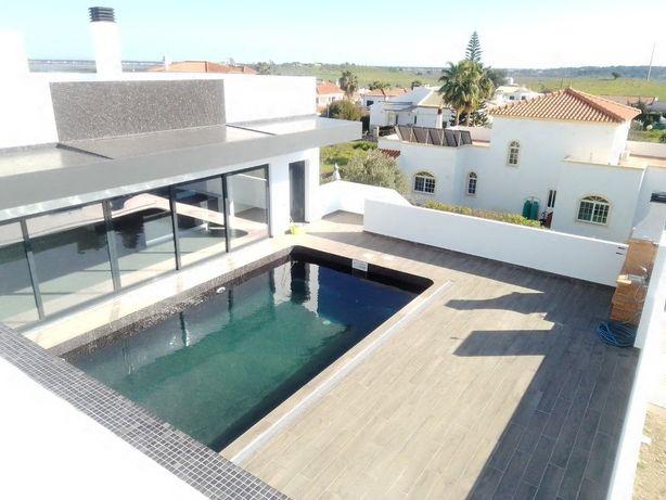 Moradia T3 nova com piscina e garagem, Castro Marim, Algarve