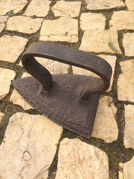 Ferro antigo para colecionador