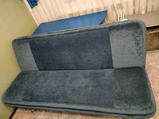 Продам комплект.Мягкий диван + два кресла. МОНИТОР САМСУНГ В ПОДАРОК.