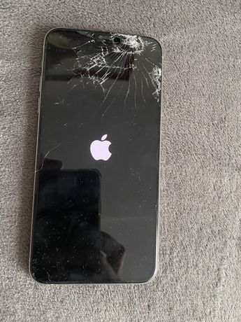 iPhone 11 pro max 256 icloud