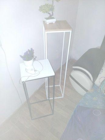 Kwitnik loft ,stol,ławki