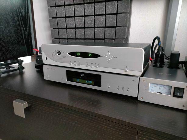 Transport CD Cambridge Audio CXC srebrny
