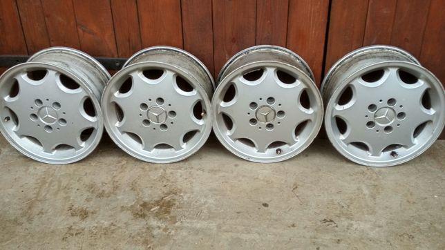 Продам комплект легкосплавных дисков Mercedes 5 112 R 15 ET 37