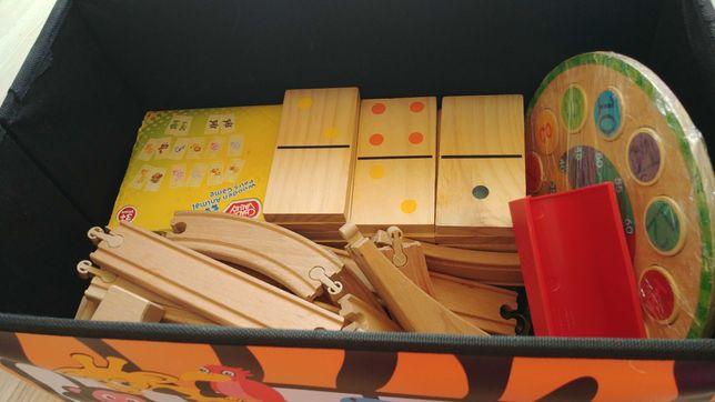 Zabawki drewniane z boxem pufa na zabawki