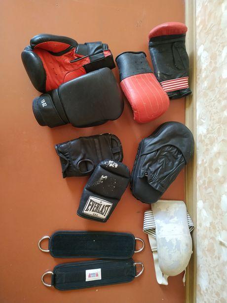 Боксерные Перчатки.Битки. Спорт Инвентарь для Бокса