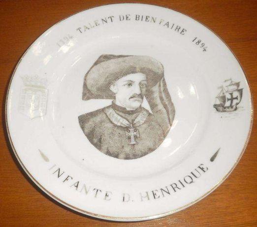 Raríssimo prato Vista Alegre comemorativo de 1870/1880