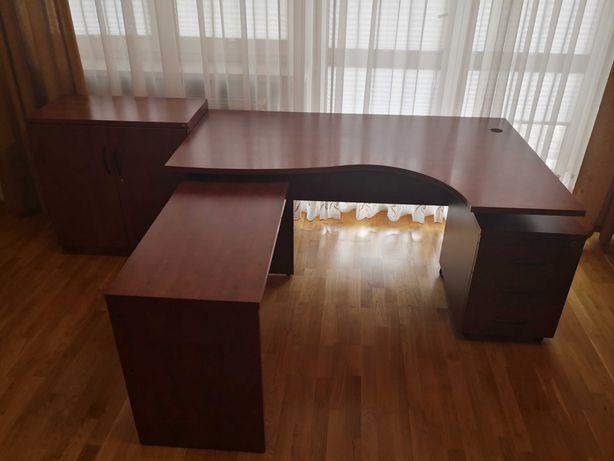 Sprzedam biurko, komplet mebli biurowych