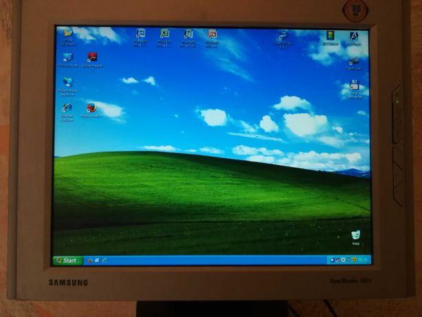 Monitor LCD Samsung 151 S