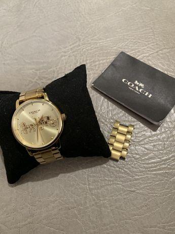 Часы Coach золотые New York