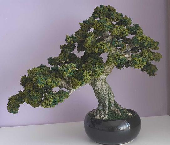 Sztuczne drzewko, imitacja bonsai