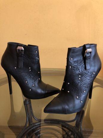 Ботинки,ботильоны,Versace оригинал